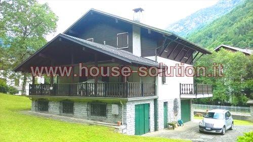 Villa con giardino Scopello (VC) 265 mq - € 277.000 ...