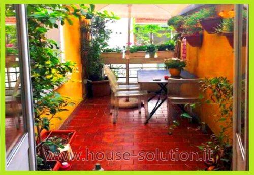 Zona Nolo : 2/3 locali con terrazzo e balcone piano alto ...